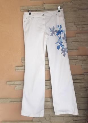 Белые джинсы escada. оригинал