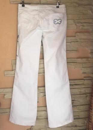 Белые джинсы escada. оригинал2 фото
