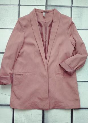 Трендовый удлиненный пиджак от нм