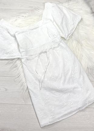 Пляжное хлопковое платье с вышивкой