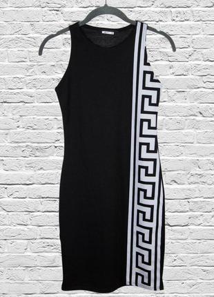 Летнее платье черное, приталенное платье короткое