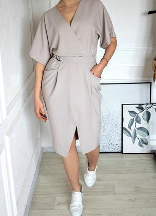 Платье миди с запахом и d-образной пряжкой на поясе asos design