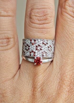 Серебряное кольцо дарс красное (18 р.)
