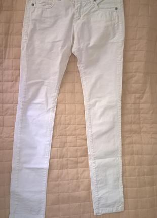 Белые джинсы pinko (италия)