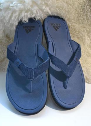 Adidas 46р шлепанцы. вьетнамки оригинал