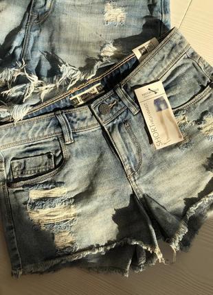 Джинсовые коротенькие рваные шорты новые h&m
