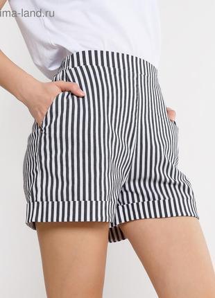 Белые шорты в мелкую,синюю полоску для девочки/100%- хлопок/5 лет