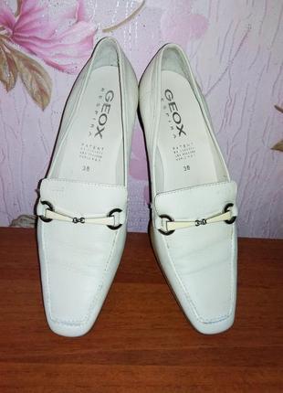 Кожаные туфли мокасины geox натуральная кожа италия