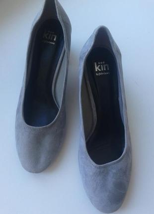 Новые туфли  kin john lewis 37 р, замша