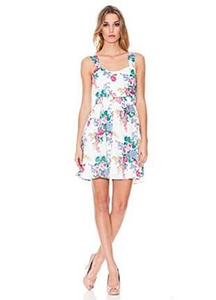 Літня сукня-сарафан в квіти