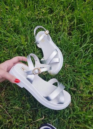 Супер стильные и удобные сандалики натуральная кожа3 фото