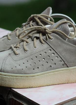 Кожаные кроссовки, слипоны bugatti 38-39