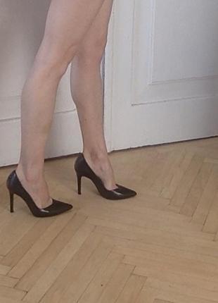 Туфли zara на высоком каблуке