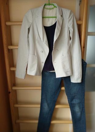 Оригинальный блейзер пиджак в полоску с шелковой подкладкой от balenciaga.paris
