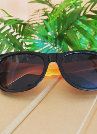 Жіночі сонцезахисні окуляри dior
