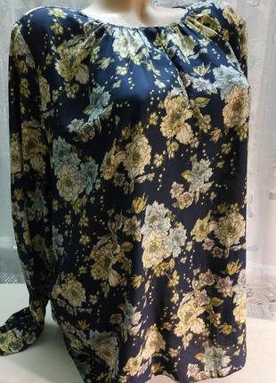 Красивая блуза цветы цветочный принт пог 60 см h&m