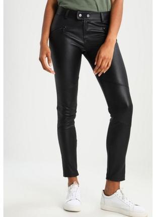 Трендові, шкіряні штанці від дорогого бренду chloe, новенькі, з бірками, розмір m|l))