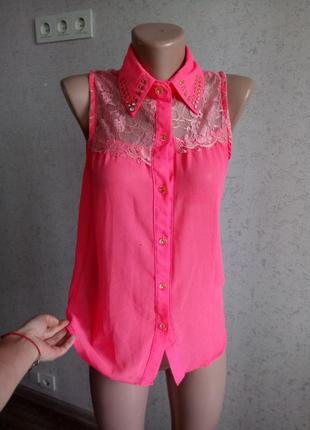 М блуза с гипюром и заклёпками на воротнике lucky crystal