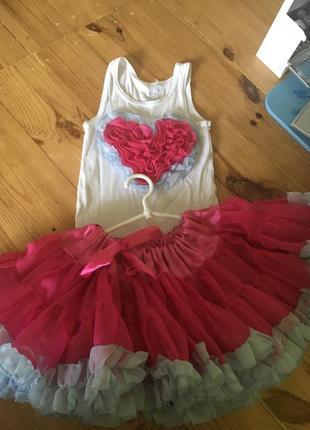 Шикарный наряд на девочку