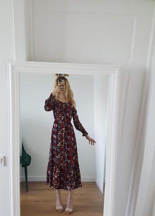 Восхитительное цветочное летнее платье бордовое трансформер открытые плечи длинные рукава3 фото