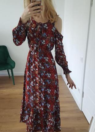 Восхитительное цветочное летнее платье бордовое трансформер открытые плечи длинные рукава1 фото