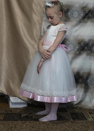 Касивоє бальноє плаття