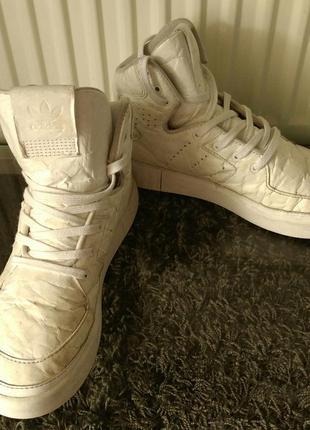 Кроссовки адидас adidas tubular оригинал 36 37 размер 23 см высокие сникерсы белые
