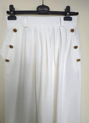 Белые летние штаны с высокой талией и карманами англия