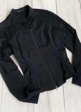 Куртка,вітровка marc cain
