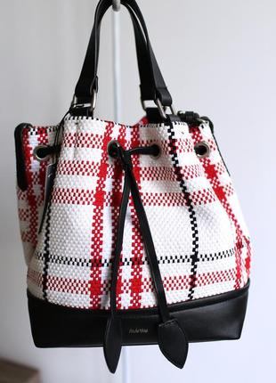 Красный рюкзак-трансформер сумка в клетку parfois италия