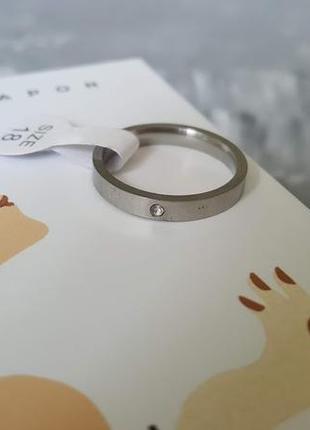 Кольцо серебристого цвета р 18 мм с цирконием стразы тренд 2019