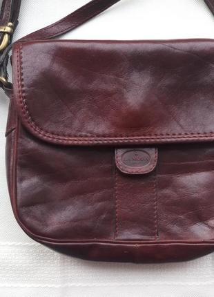 Нова! натуральна шкіряна сумка кросбоді lamoda