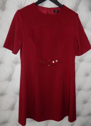 Платье футляр из плотной ткани