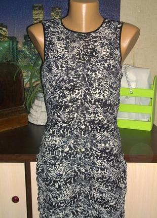 Платье футляр со змеиным принтом h&m4 фото