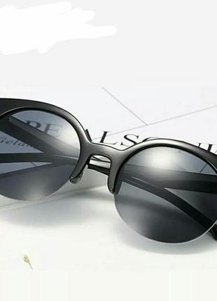 Скидка!новые,стильные,модные,трен,солнцезащитные очки,зеркальные,ретро,черные лисички