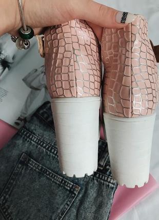 Босоножки, босоножки на каблуке, туфли тракторная подошва, босоножки стильные2 фото