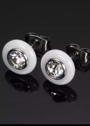 Серьги гвоздики керамика белые сережки