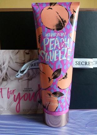 Новинка! парфюмированный лосьон для тела peach squeeze victoria's secret 🍑🍈
