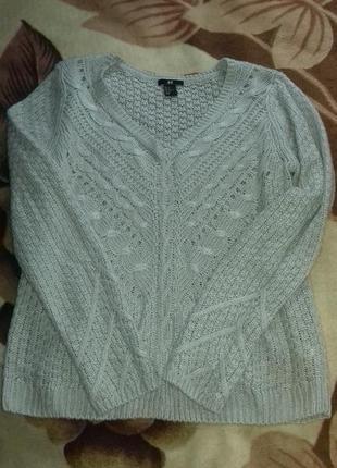 Очень красивый лёгкий свитерок.