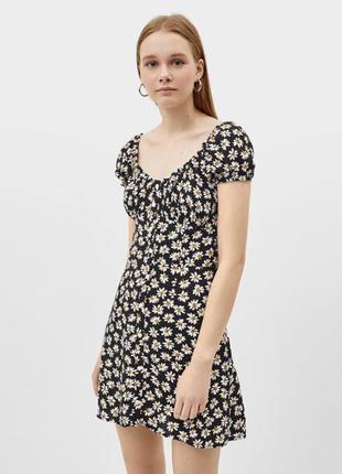 Платье чёрное bershka