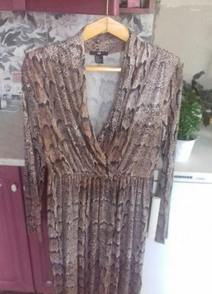 Шикарне модне плаття під рептилію, питона