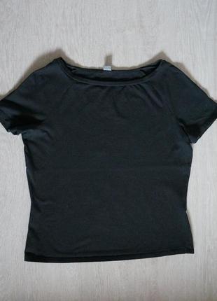 Продается оригинальная,  женская стрейчевая  футболка с воротом лодочка от oliver
