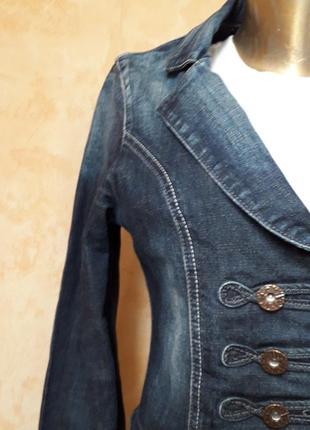 Красивая женская джинсовая куртка ann christine