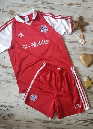 Летний футбольный костюм bayern münchen