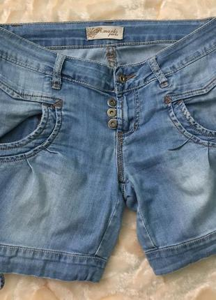 Итальянские джинсовые шорты