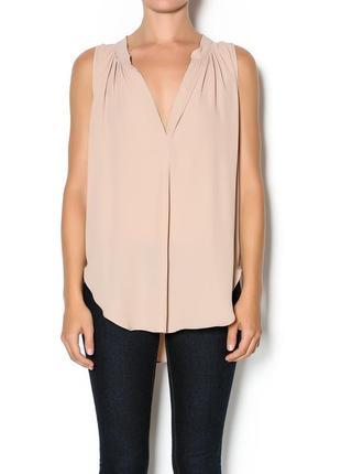 Большой выбор блуз рубашек / легкая блуза персикового цвета без рукавов