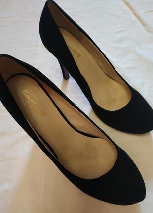 Стильные туфельки 40 размер