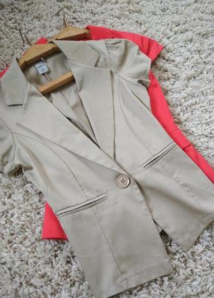 Актуальный стильный жакет пиджак , короткий рукав, zebra, p xs
