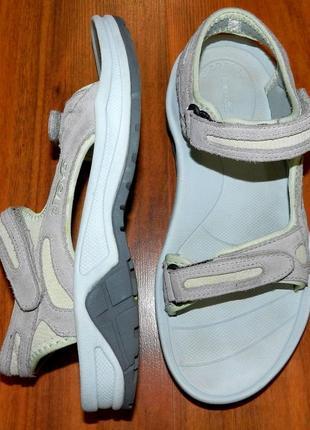 Teva ! оригинальные, стильные, надежные сандалии-босоножки