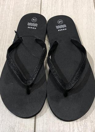 Летние вьетнамки пляжные шлёпки чёрные шлёпанцы. house. размеры уточняйте.